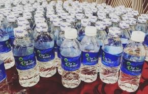 Nước đóng chai AQUA WORLD